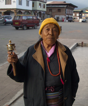 Hand-held prayer wheel